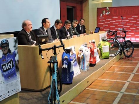 presentación Vuelta  Ciclista Andalucía Cruzcampo Sevilla.jpg