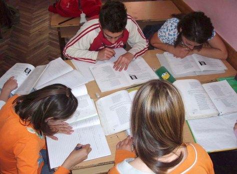 20150714-Noticia-Ayudas-para-material-escolar.jpg