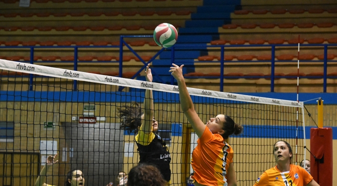 Mairena Voley Club pierde ante CV Cuesta Piedra Santa Cruz 2-3 en el Tie-Break